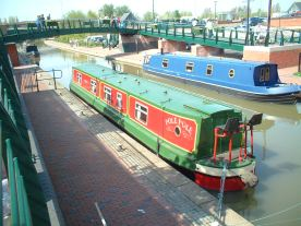 Pole Ple at Anchor in Banbury Wharf on first Visit. Prior to inspection and purchase